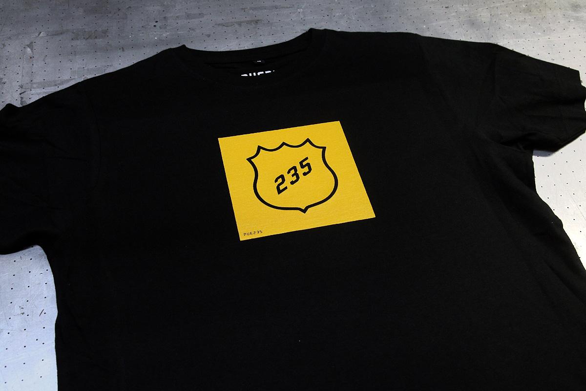 PUE235 - logopainatus t-paitaan
