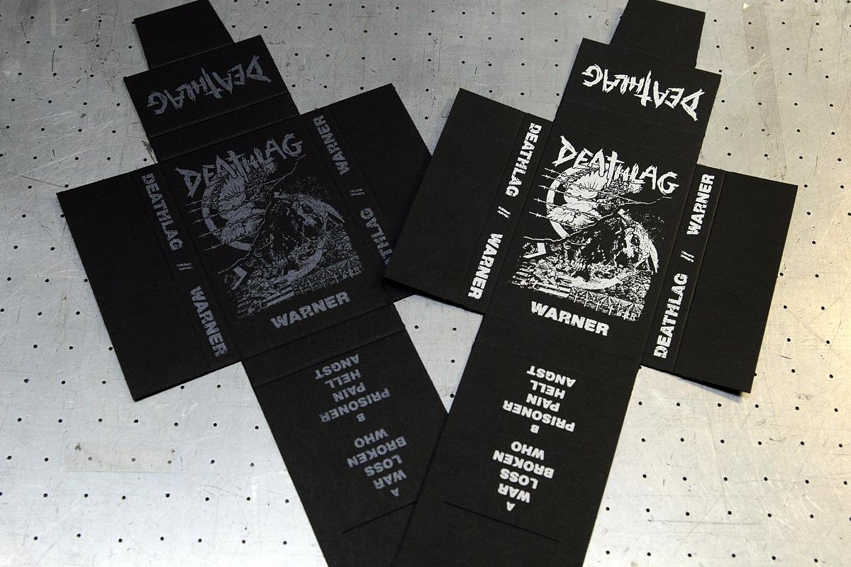 Deathlag - musta, silkkipainettu kasettikansi