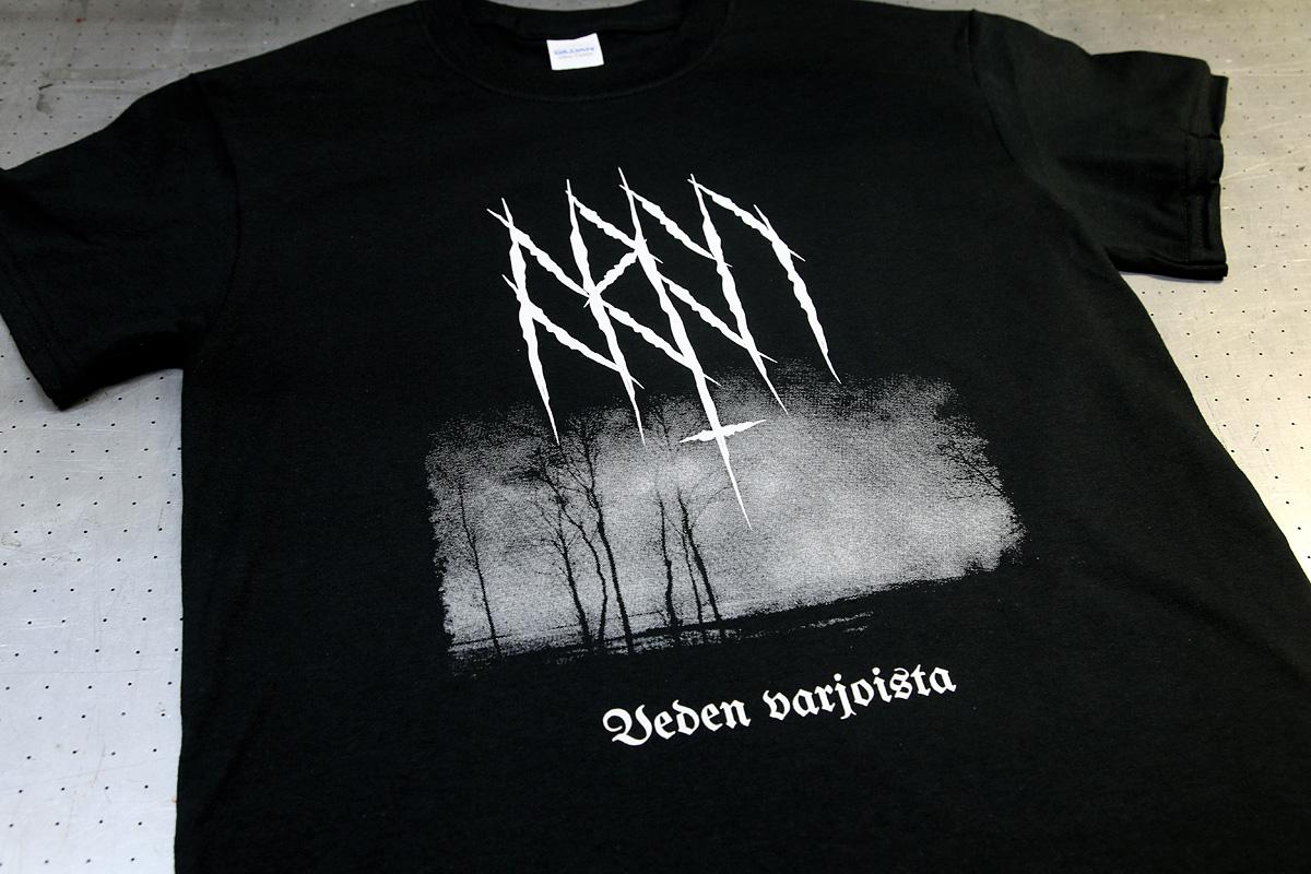 Aran - rasteritekniikalla valmisteltu ja silkkipainamalla toteutettu 1-värinen t-paita