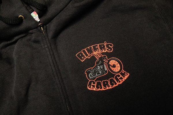 Biker's Garage - silkkipainettu huppari
